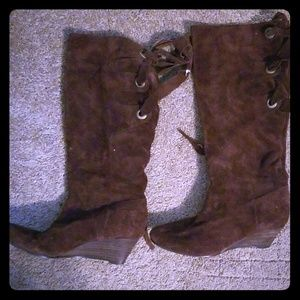 Nine West Truella Suede leather boots size 6